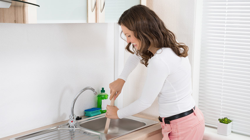 How to deal with grease in your drain? | Plumbing Gold Coast | Brisbane | M.J. Walker Plumbing